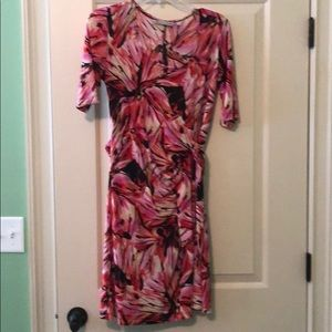 Multi-colored maternity dress by Japanese Weekend